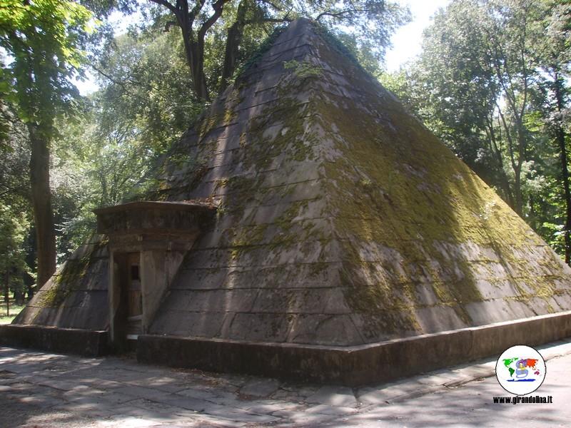 Luoghi e monumenti egizi a Firenze, la Piramide delle Cascine