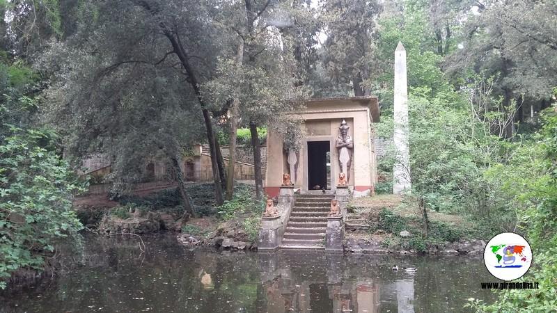 Luoghi e monumenti egizi  a Firenze, il Tempietto di Stibbert (ph djed- medu)