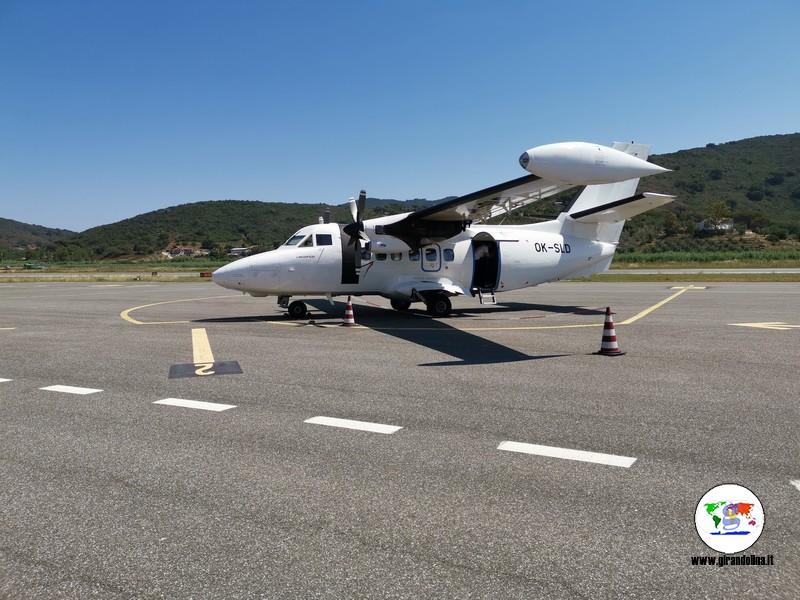 Volare all'elba, il nostro aereo LET 410