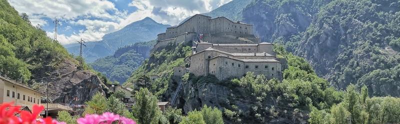Visitare il Forte di Bard, la fortezza italiana degli Avengers in Valle d'Aosta
